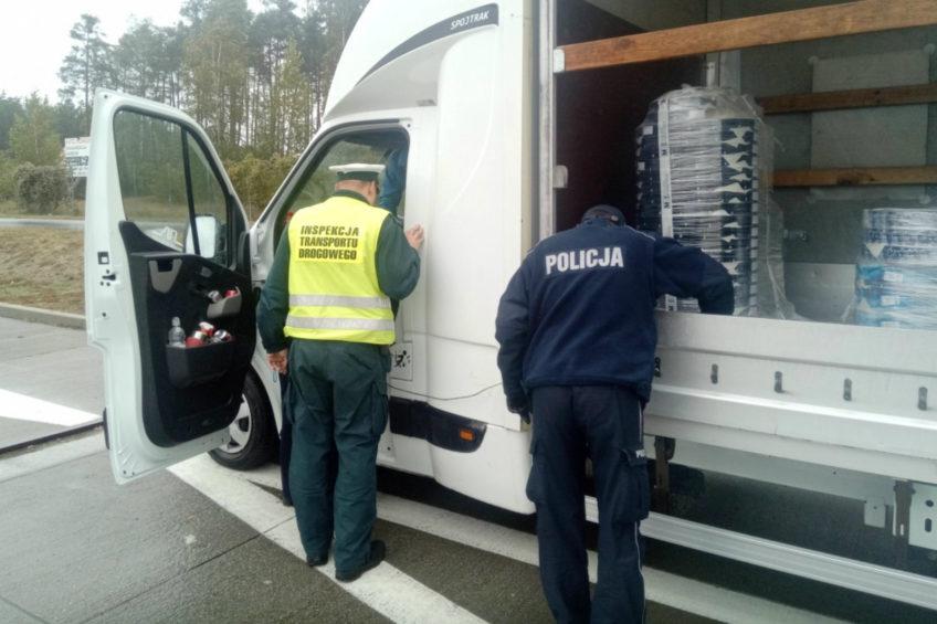Kierowca Renault Master palił marihuanę przed wyruszeniem w trasę