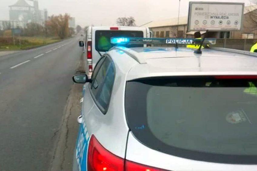 18 Meksykanów w Oplu Vivaro – kierowca minibusa był pijany