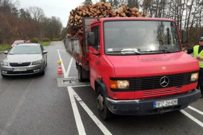 Ciężarowy Mercedes T2 z zaniżonym DMC ważył 8500 kg