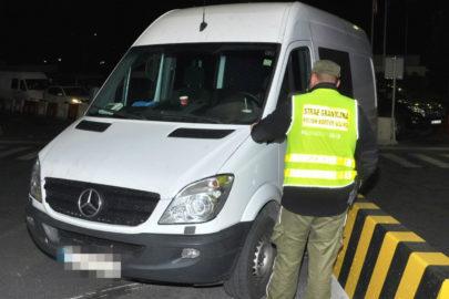 Dwa poszukiwane przez Interpol Sprintery zatrzymano w Korczowej