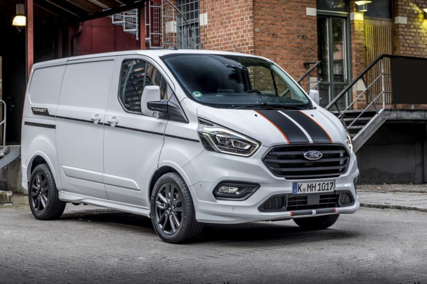 International Van of the Year 2020 dla hybryd Ford Transit Custom