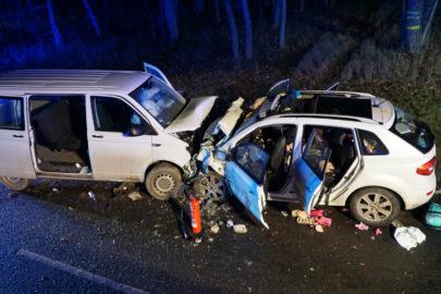 19-latek wjechał VW T6 w Renault Koleos – nie żyje Polka i 3 dzieci