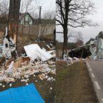 Na DW 802 Iveco Daily wjechało w drzewo – kierowca zmarł