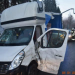 Pijany kierowca Masterki uderzył w Boxera a potem uciekł do lasu