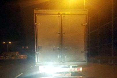 Przeładowane o 5 ton i niesprawne Iveco Daily zatrzymano w Kielcach