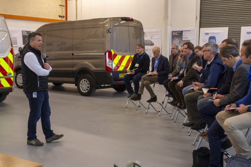 Ford pokazał nowe rozwiązania pod zabudowy Transitów