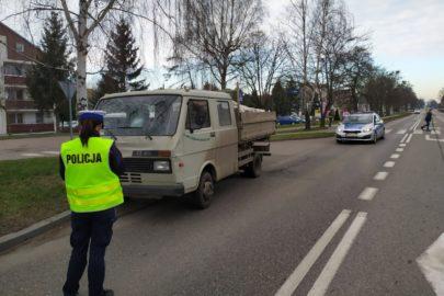 Kierujący VW LT 45 potrącił 15-latka na pasach – policja bada sprawę
