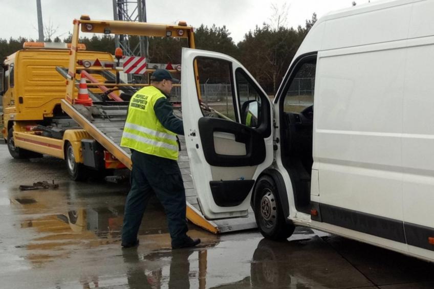 Peugeot Boxer trafił na parking strzeżony za 1400 kg ponad DMC
