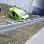 Renault Trafic dachowało na A2 – 1 osoba zmarła a 8 jest rannych