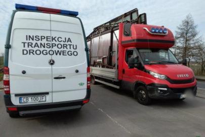 Dwa przeciążone busy – jeden ważył 8150 kg a drugi 8200 kg
