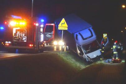 Kierowca Renault Master śmiertelnie potrącił pieszego na DW 985