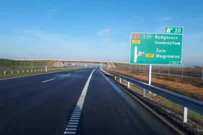 Przez koronawirusa o 55% zmalał ruch na polskich drogach