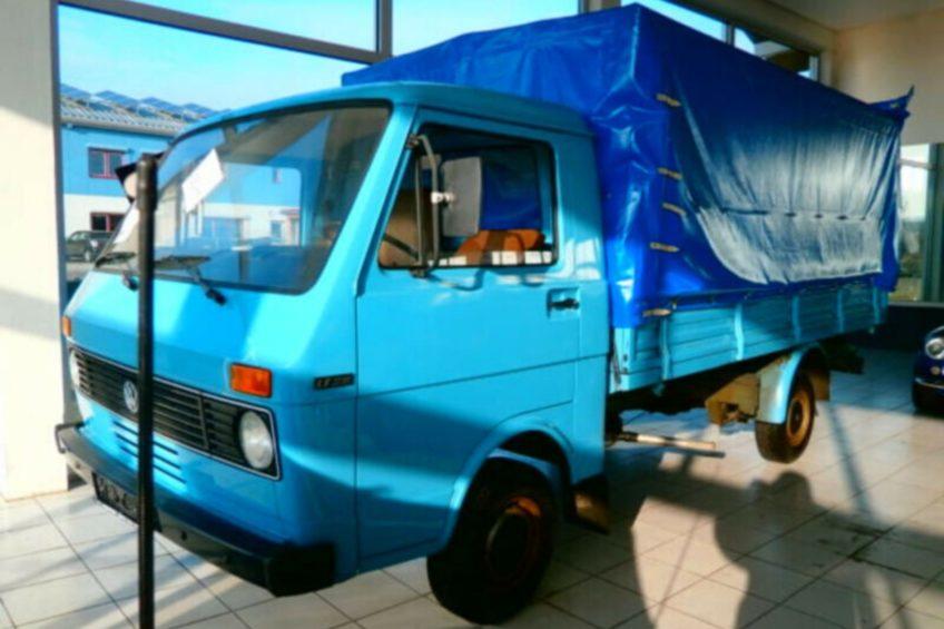VW LT z 1980 roku z przebiegiem 4254 kilometrów na mobile.de