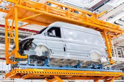 Volkswagen Poznań wznawia produkcję samochodów od 27 kwietnia