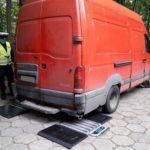 Renault Mascott bez dowodu i przeglądu a na wagach wyszło 6200 kg
