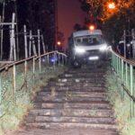 Nocny pościg za skradzionym Ducato zakończył się na schodach