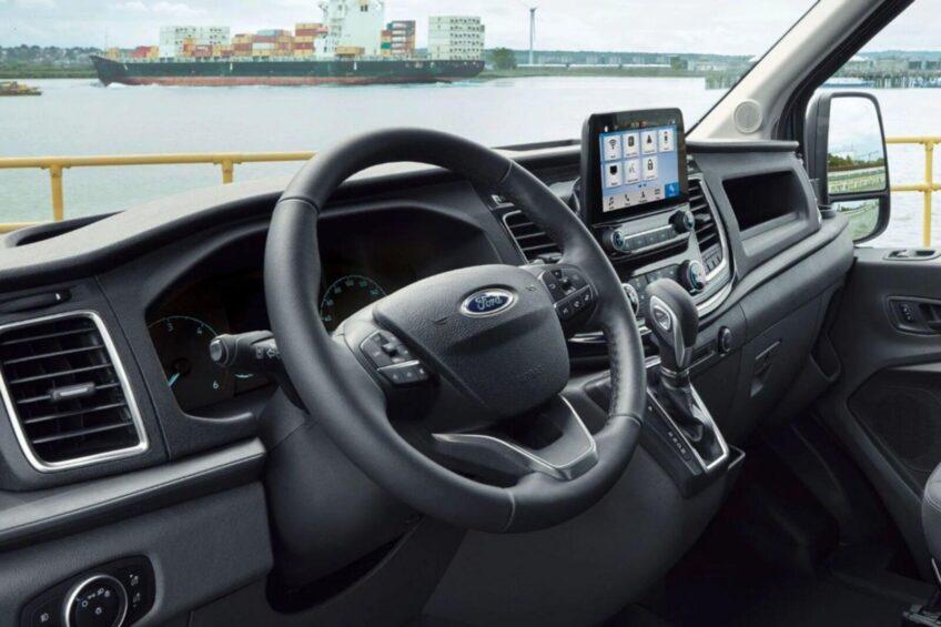 Ford Transit – i praca od razu staje się przyjemniejsza