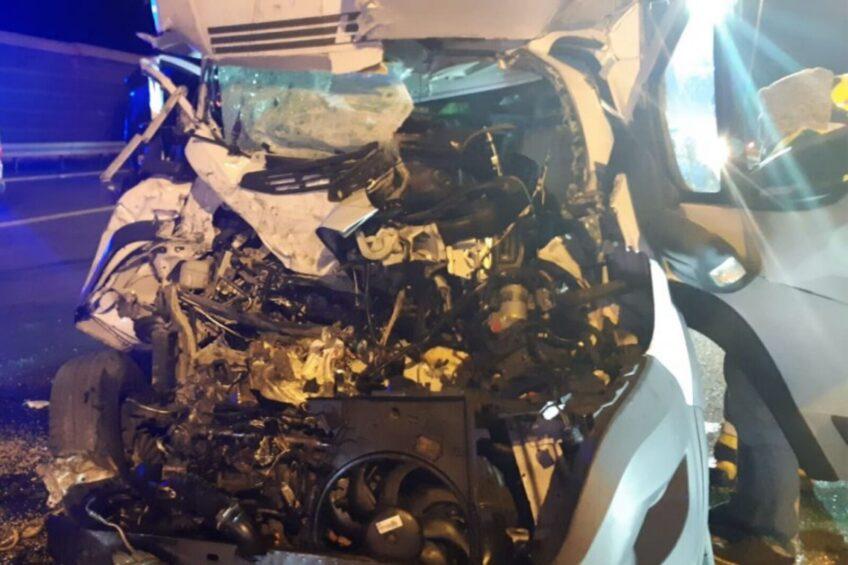 Na A4 pod Opolem Ducato wjechało w naczepę – kierowca zmarł