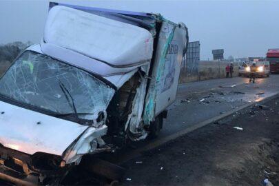 Na DK 42 bus wjechał pod DAF-a – kierowca Ducato zmarł