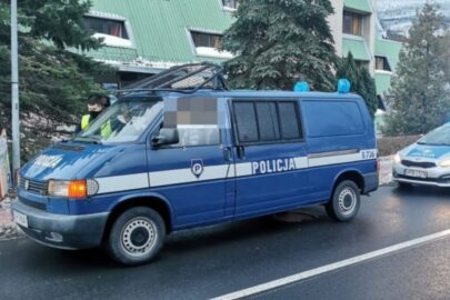 Policyjny VW Transporter na emeryturze zatrzymany w Karpaczu
