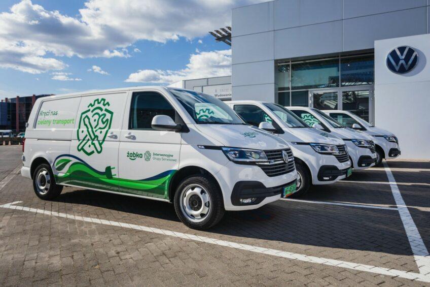 Elektryczne VW Transportery ABT dla Żabki – pomogą usuwać usterki