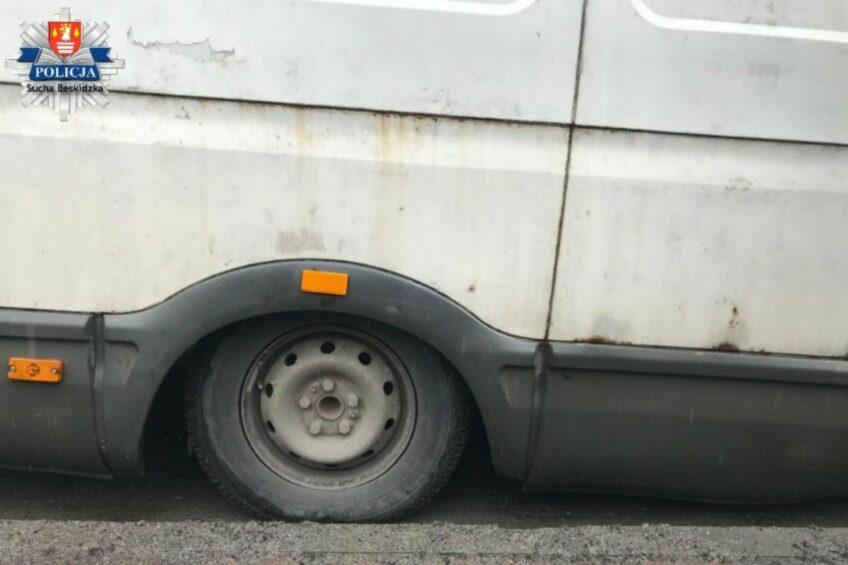 Nieusłuchany kierowca Iveco Daily z mandatem 2050 zł