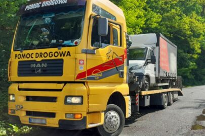 Iveco Daily odjechało z miejsca kontroli na lawecie – 8 ton na wadze