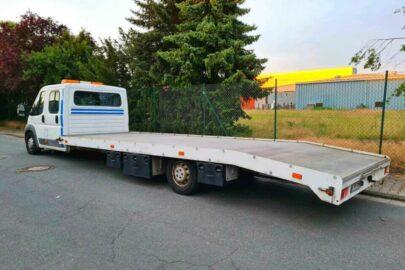 Citroen Jumper o długości niemal 10 metrów na niemieckim ebay