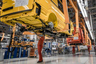Wstrzymana produkcja Volkswagena Craftera i MAN-a TGE